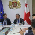 Zviad Chumburidze met Victor Dolidze